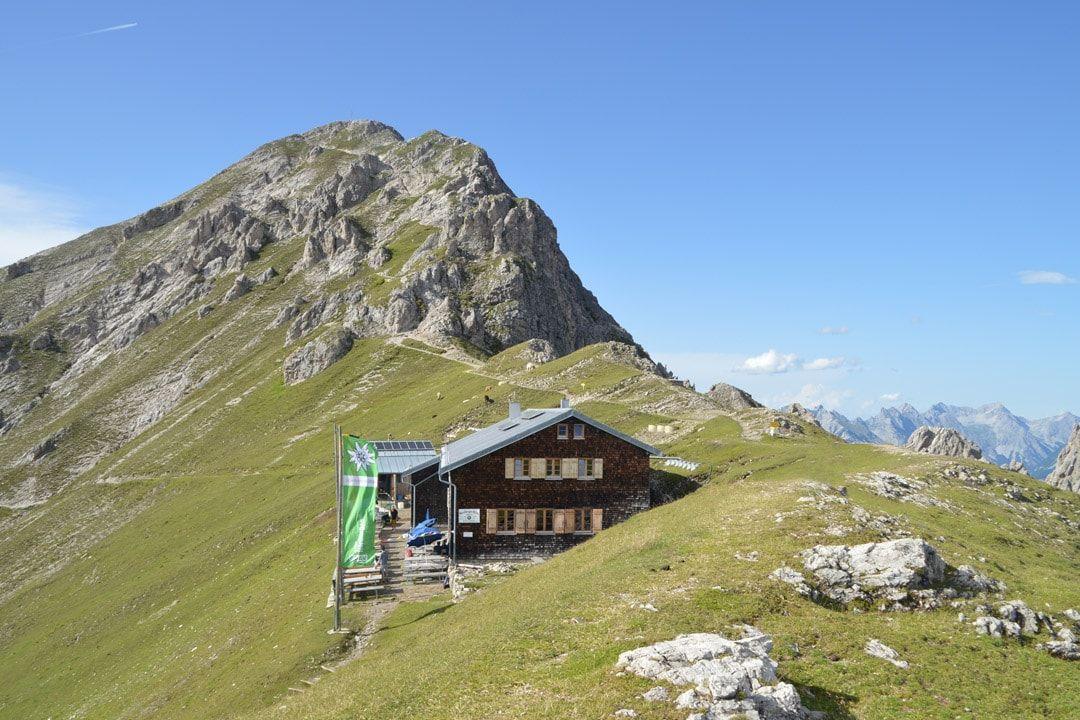 Nördlinger Hütte mit Reither Spitze